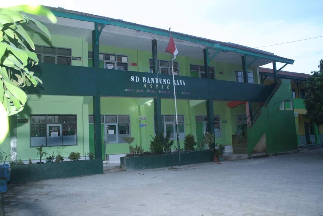 Bangunan SD Bandung Raya