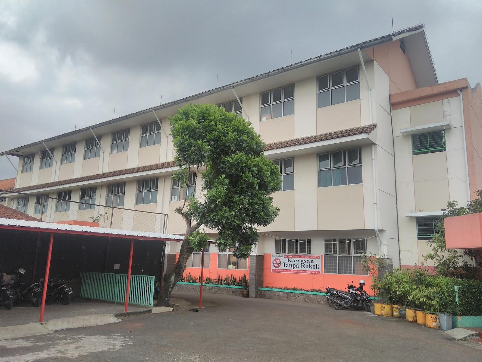 Gedung Sekolah SD Ignatius Slamet Riyadi 2