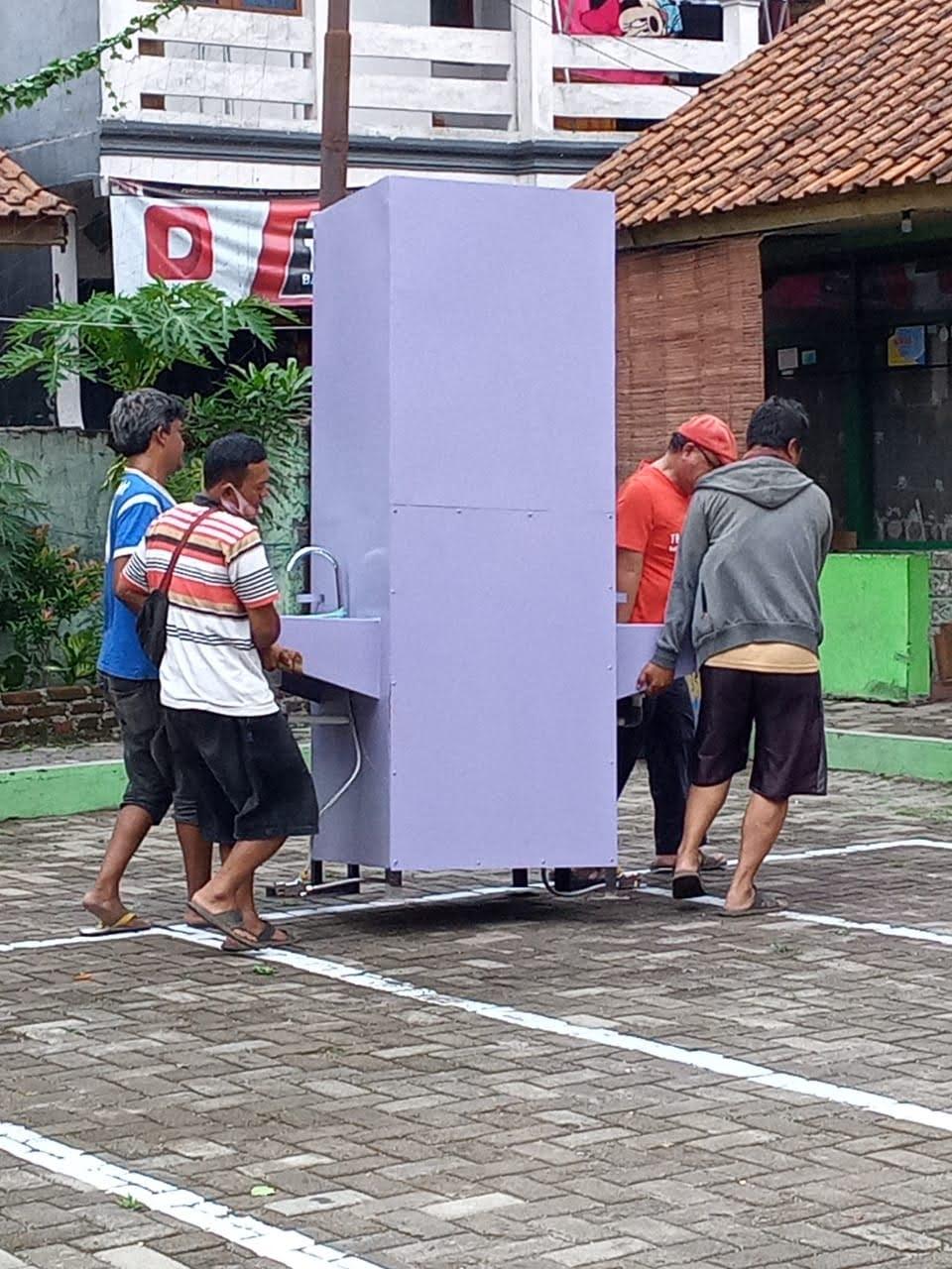 Foto Bantuan Wastafel dari Dinas Pendidikan Kota Bandung