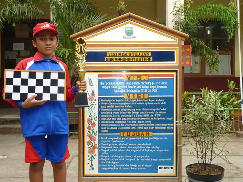 Ananda M Angga Juara 1 Catur O2SN Tk. Kec. Bacip Tahun 2014