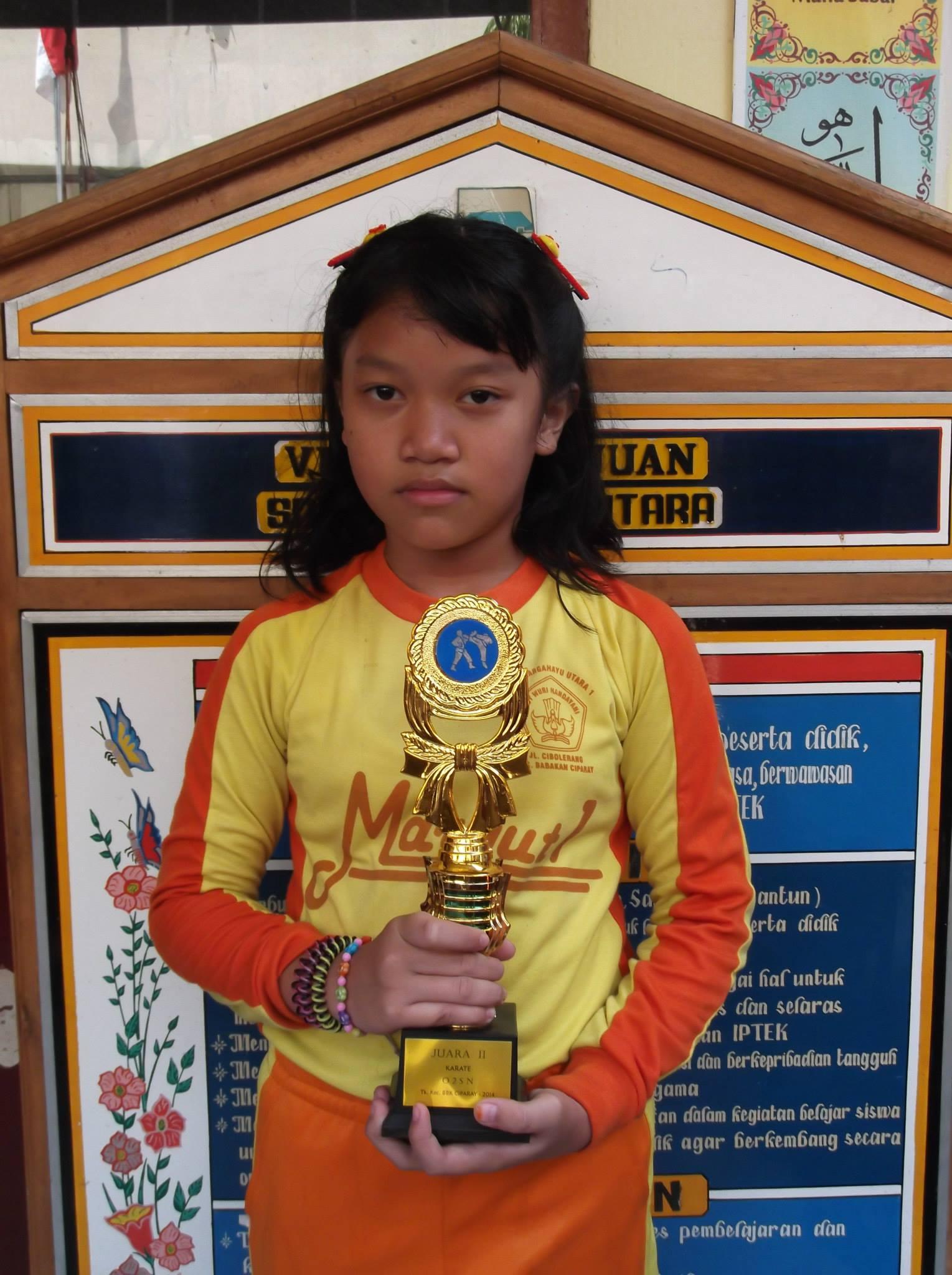 Keg. O2SN Tk. Kec. Bacip Ananda Juara 2 Karate Putri 2014