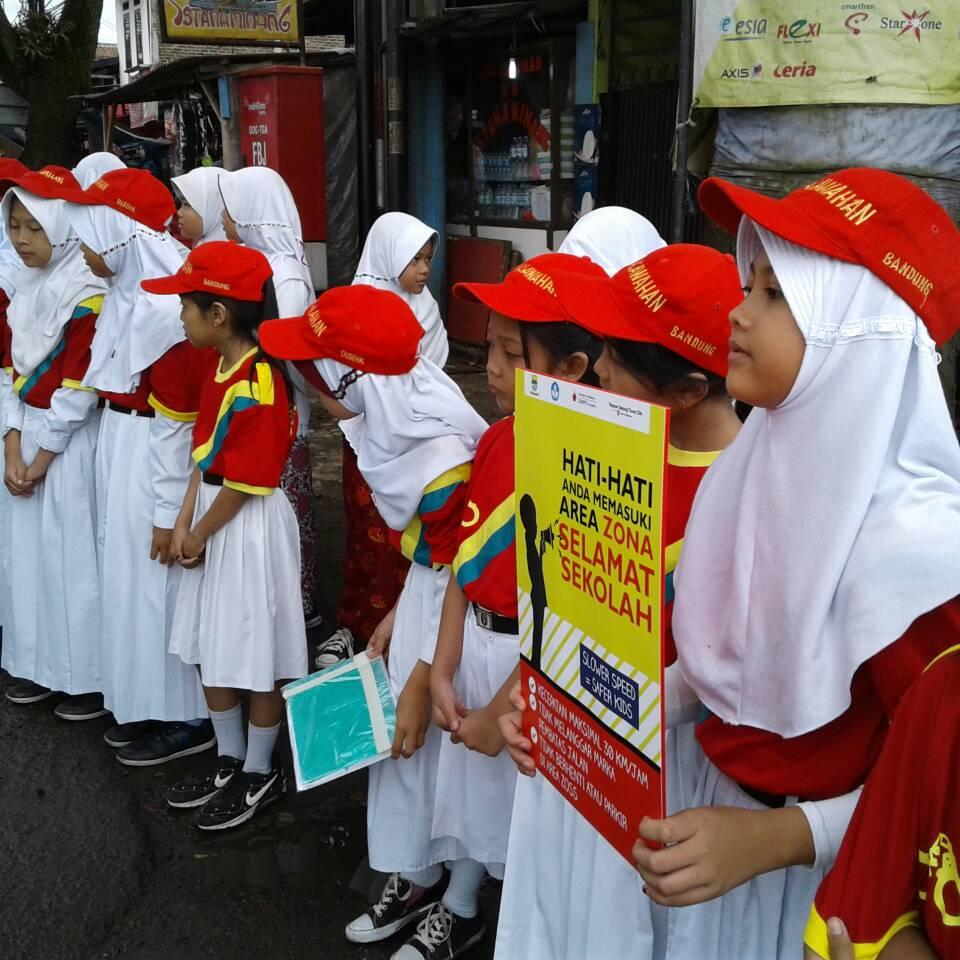 SAVE THE CHILDREN SDN 040 Pasawahan