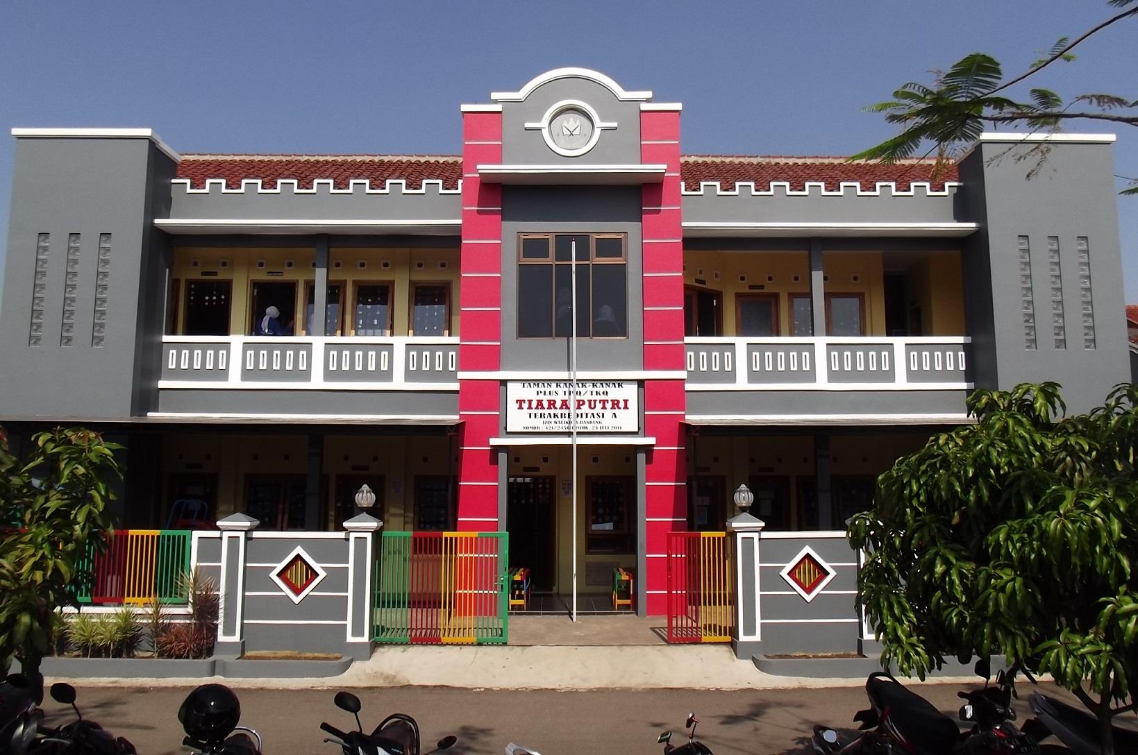 Gedung TK Tiara Putri