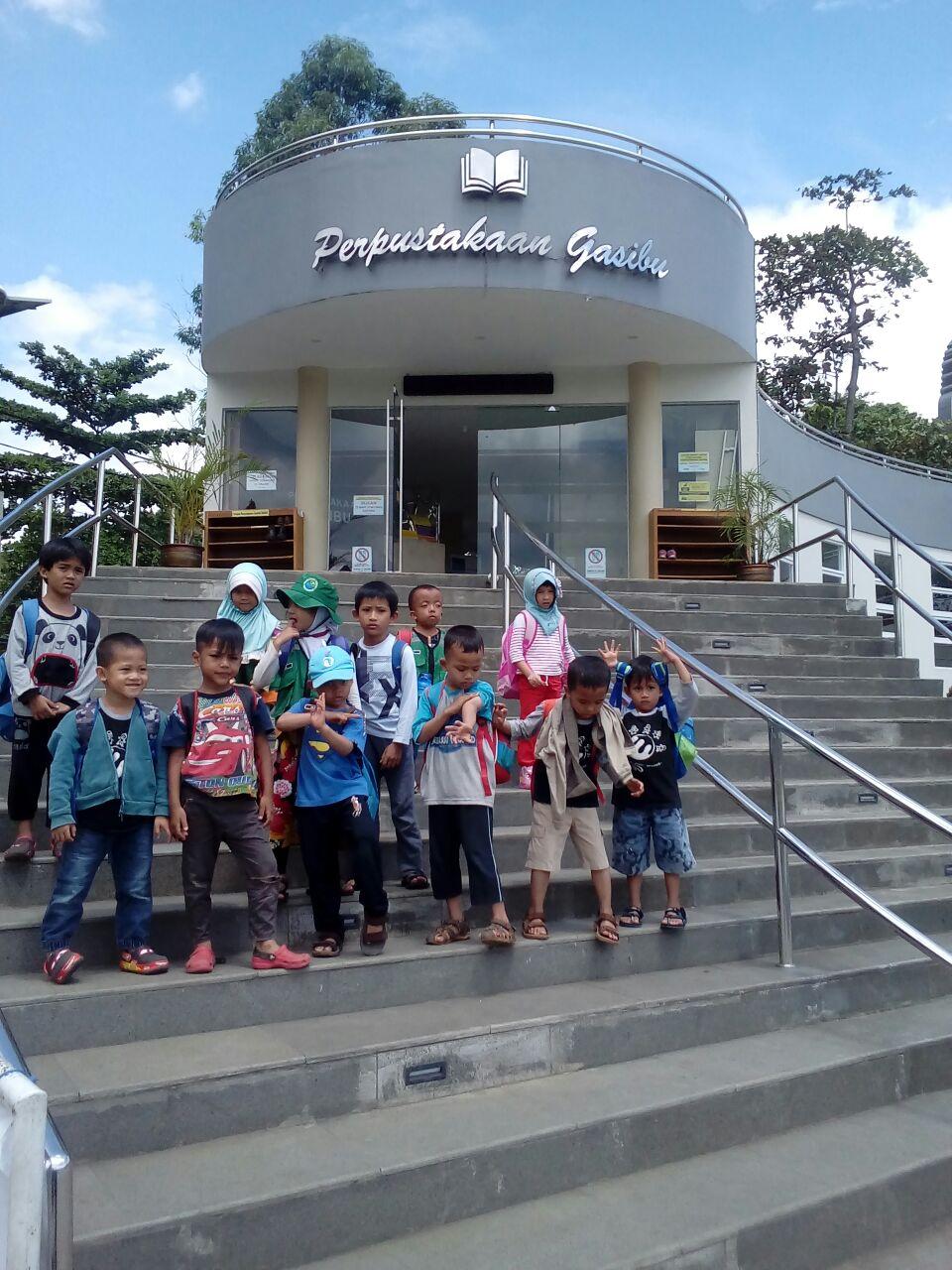 Kunjungan Perpustakaan Jawa Barat