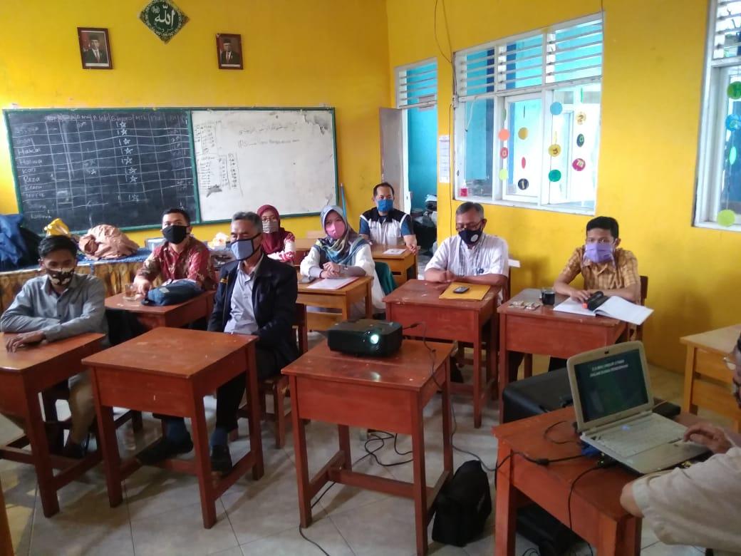 Rapat Kepala Sekolah, Guru, dan Staff