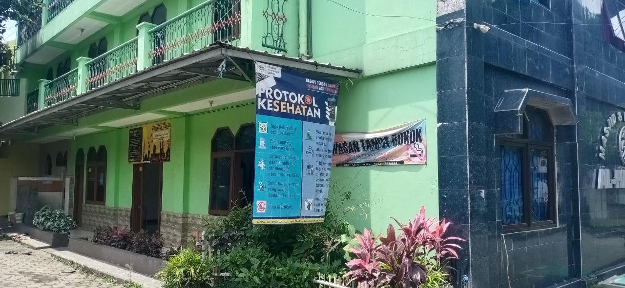 keberadaan masjid di lingkungan sekolah