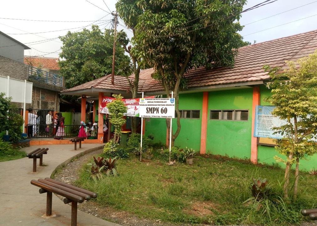 Halaman Depan SMPN 60 Bandung
