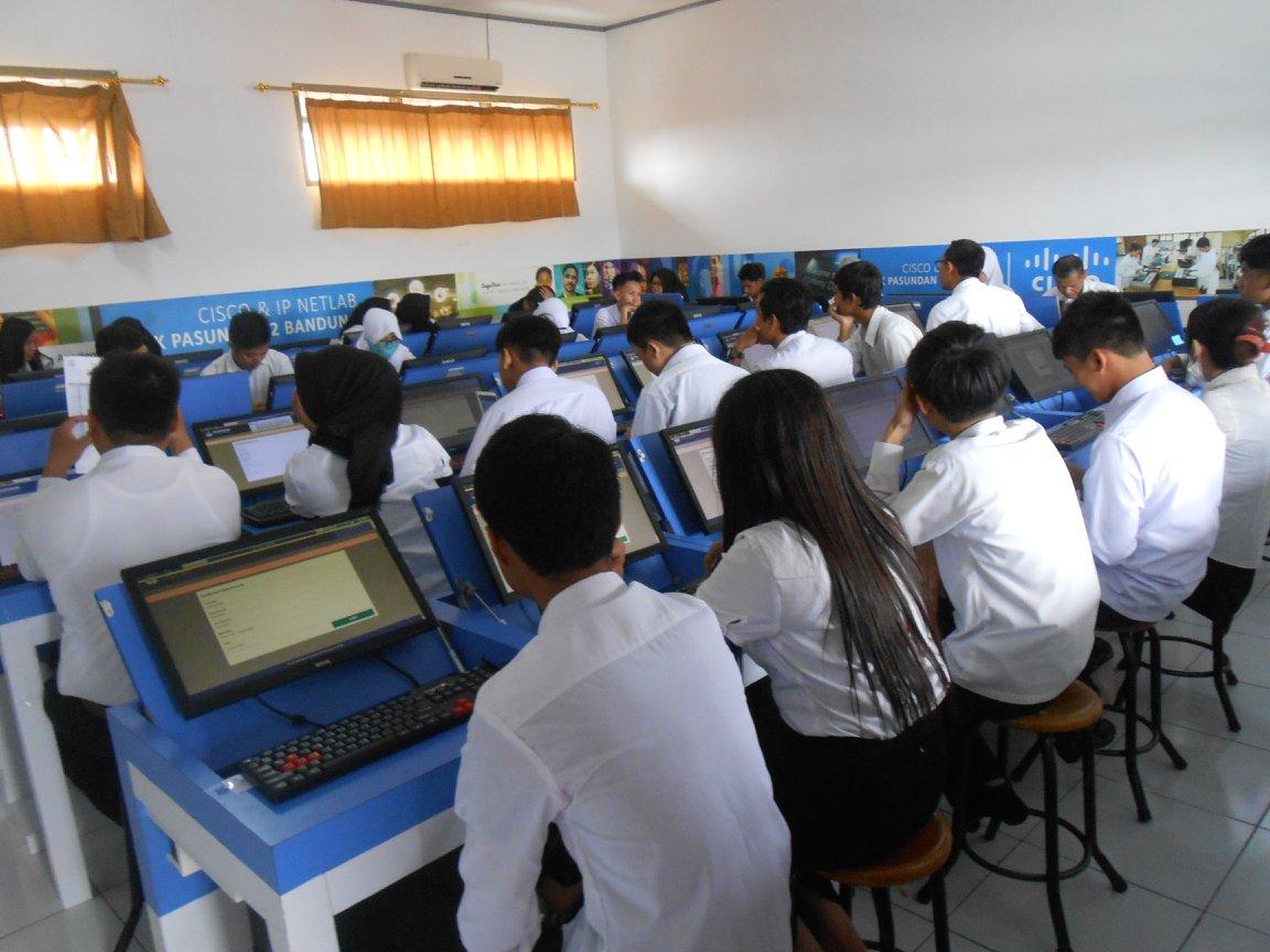 Foto Kegiatan Ujian Nasional